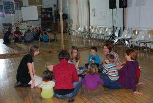 con niños bilingües (español-húngaro) adorables en Zaragoza.